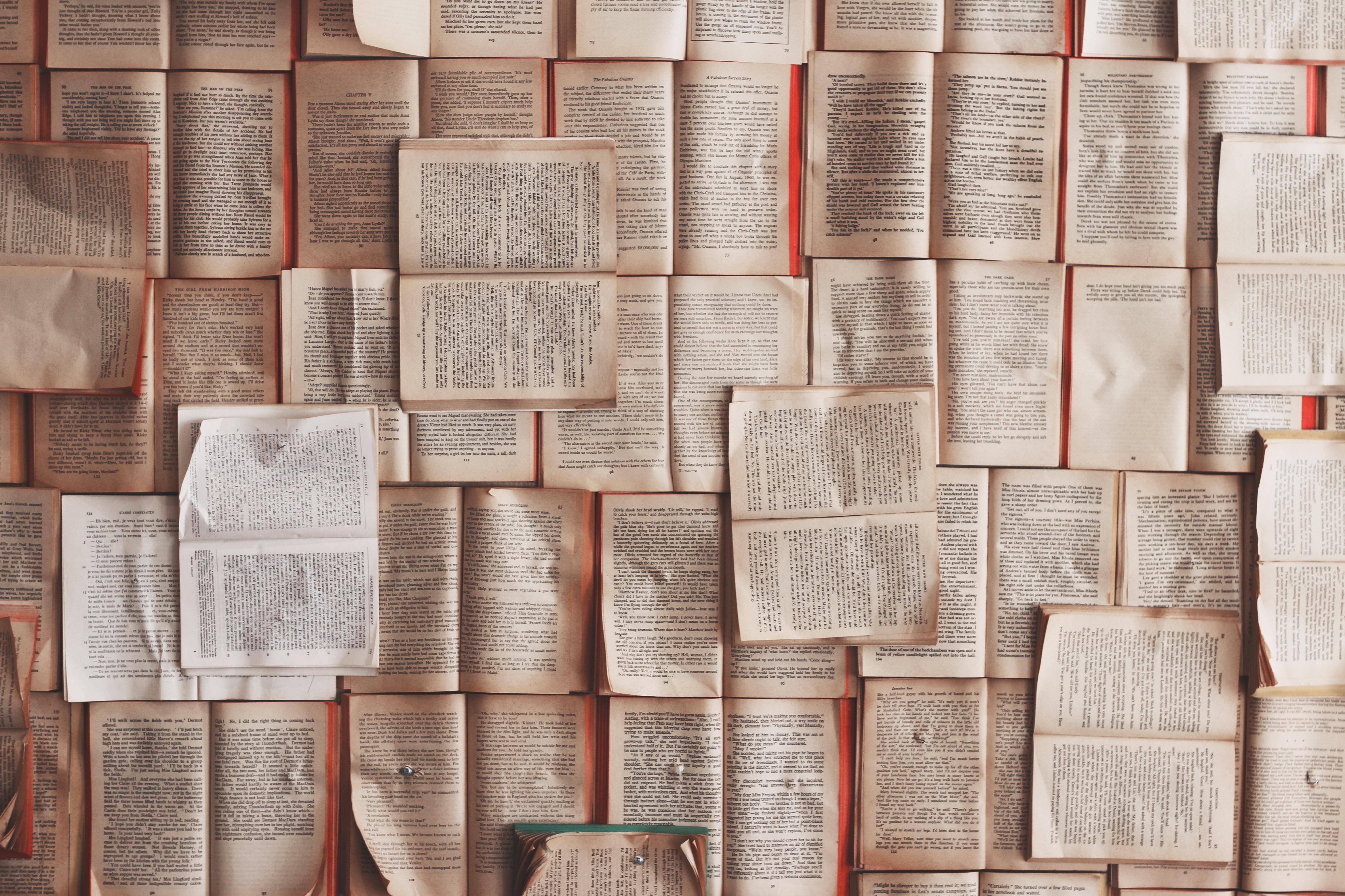 books-1245690